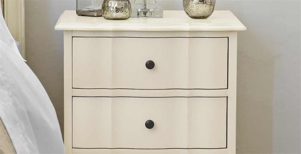 Amelie 3 Drawer Bedside